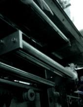 Selladora automática para líquidos  modelo EAL 01A